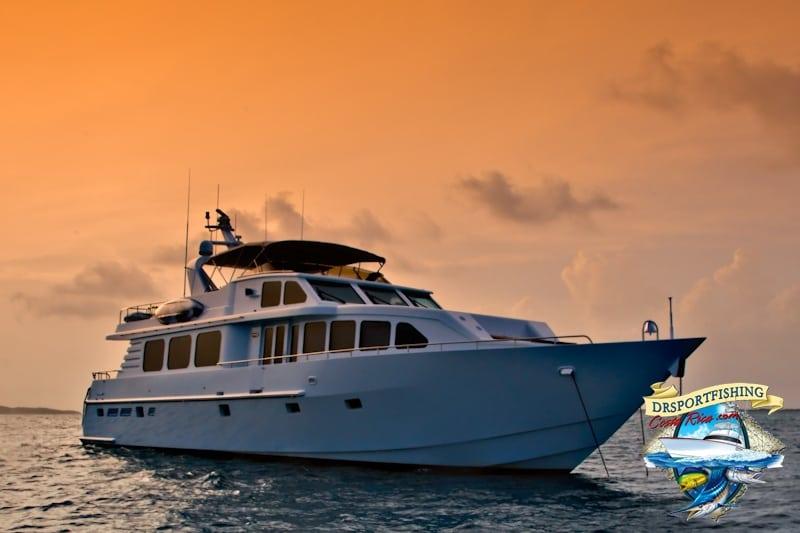 86' Motor Yacht Costa Rica