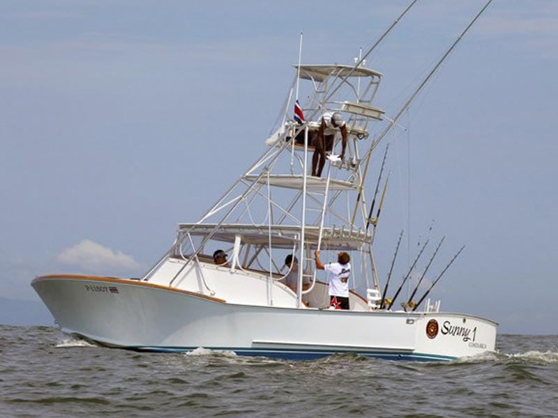 Sunny-One-Boat-Jaco